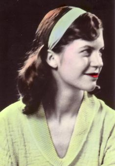 """P&FQ - Poetry and Fascinating Quotes: Poem - """"Berck-Plage"""" by Sylvia Plath Sylvia Plath Zitate, Sylvia Plath Poems, Anne Sexton, Silvia Plath, American Poetry, Story Writer, Writers And Poets, Drama, Fashion Mode"""