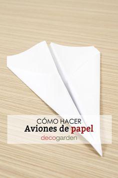 ¿Quieres aprende a hacer aviones de papel que vuelen mucho y sean fáciles de hacer? ¡Aprende a hacer en tan sólo 6 pasos!