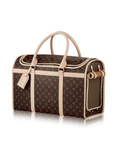 Discover Louis Vuitton Dog Carrier 50 This spacious pet carrier is resistant to water and scratches. It comes equipped with a double zip-around closure and a breathable mesh window. Valija Louis Vuitton, Louis Vuitton Pet Carrier, Sac Speedy Louis Vuitton, Louis Vuitton Handbags, Sacs Louis Vuiton, Dog Carrier Bag, Louis Vuitton Official Website, Dog Bag, Gucci