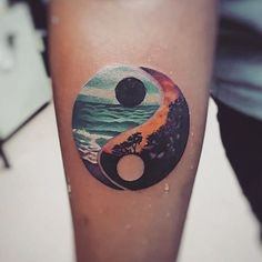 Yin Yang Tattoo Harmonie - Tattoo Trends and Lifestyle Unique Tattoos, Beautiful Tattoos, New Tattoos, Body Art Tattoos, Small Tattoos, Tattoos For Guys, Beautiful Artwork, Best Tattoos For Women, Tatoos Men