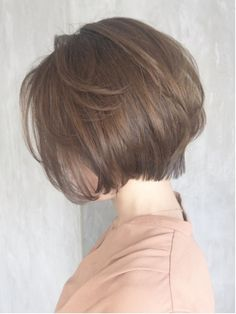 アシメショートボブ_丸みショート無造作カールボブディ_ba130413 Japanese Short Hair, Asian Short Hair, Short Hair With Layers, Short Hair Cuts, Short Hairstyles For Women, Diy Hairstyles, Short Hair Hacks, Brown Hair With Blonde Highlights, Shot Hair Styles
