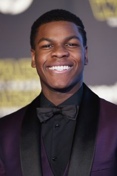John Boyega attends Premiere of Walt Disney Pictures and Lucasfilm's 'Star Wars: The Force Awakens' on December 2015 in Hollywood, California Hollywood California, In Hollywood, The Intouchables, Evanna Lynch, John Boyega, Big Crush, Walt Disney Pictures, Black Celebrities, Famous Men