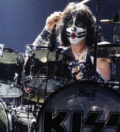 John Corabi, Learn Drums, Classic Rock Songs, Kiss Members, Kiss Images, Call And Response, Eric Carr, Lita Ford, Drum Solo