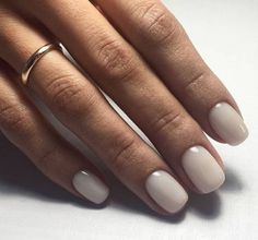 Pin by Lisa Firle on Nageldesign - Nail Art - Nagellack - Nail Polish - Nailart - Nails in 2020 Spring Nail Colors, Spring Nails, Summer Nails, Summer Colors, Pretty Nails, Fun Nails, Pretty Short Nails, Milky Nails, Nagellack Trends