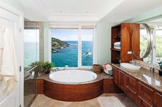 beautiful bahtroom with nice view