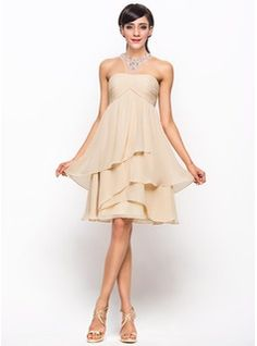 A-Line/Princess Scoop Neck Knee-Length Chiffon Tulle Cocktail Dress With Ruffle Beading Sequins (016055935) - JJsHouse