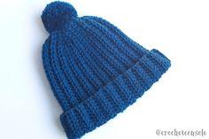 Gorro tejido con un rectángulo a crochet08 Easy Crochet Hat Patterns, Knitting Patterns Free, Free Pattern, Knitted Booties, Knitted Hats, Crochet Hats, Crochet For Beginners, Beret, Crochet Projects
