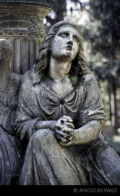 I love this statue.  I saw it on someone's board.  How I wish they would have posted more info.  Is she praying?  What is she thinking and feeling?