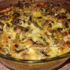 musaka od piletine i sampinjona Albanian Recipes, Bosnian Recipes, Croatian Recipes, Easy Cooking, Cooking Recipes, Musaka, Good Food, Yummy Food, Food Garnishes