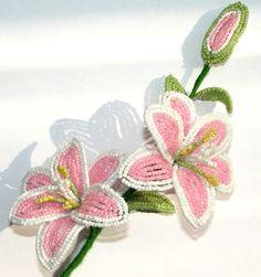 цветы из бисера ... создаем лилии