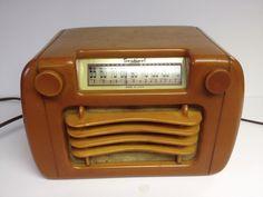 Vintage Sentinel 1940s Art Deco Wavy Grill Butterscotch Catalin Bakelite Radio | eBay