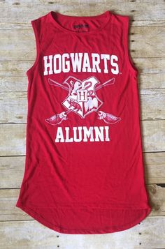 Harry Potter Hogwarts Alumni Graphic Red Tank Top Size Small  | eBay