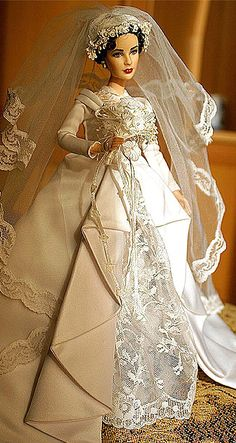 Elizabeth Taylor - 'Father of the Bride' doll