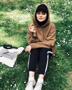 Image may contain: 1 person shoes grass outdoor and nature – Hijab Fashion 2020 Muslim Fashion, Modest Fashion, Boho Fashion, Fashion Outfits, Womens Fashion, Sporty Fashion, Sporty Chic, Modern Hijab Fashion, Winter Fashion
