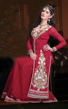 RED GEORGETTE EMBROIDERED SALWAR KAMEEZ - WHRO 6003A