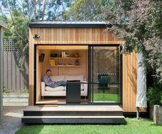 48 Amazing Backyard Studio Shed Design Shed Office, Backyard Office, Backyard Studio, Backyard Sheds, Outdoor Sheds, Garden Sheds, Home Office, Outdoor Office, Backyard Cottage