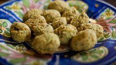 Falafel (klassisk opskrift) Dette er den klassiske opskrift på falafel, som steges i olie.