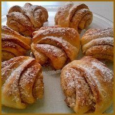 Kombinovat je můžete s r. Czech Desserts, Sweet Desserts, Sweet Recipes, Czech Recipes, Turkish Recipes, Baking Recipes, Cake Recipes, Dessert Recipes, European Dishes