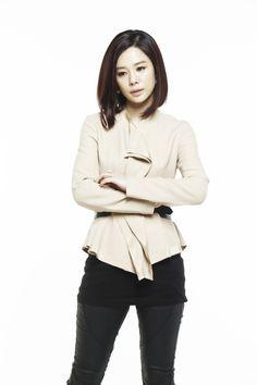 Kim Ah Joong, Kim Woo Bin, Korean Star, Korean Actresses, Korean Women, Drama, Actors, Woman, Image