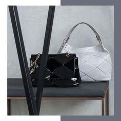 Fekete nagy táska | Carpisa női táska webáruház | Rubikonfashion Handle, Bags, Fashion, Handbags, Moda, Fashion Styles, Taschen, Fasion, Purse