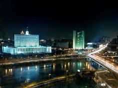 Stunning view, isn't it? This can be seen from the rooms and restaurants of Radisson Royal Hotel. And what are the most breathtaking views in Moscow from your point of view?