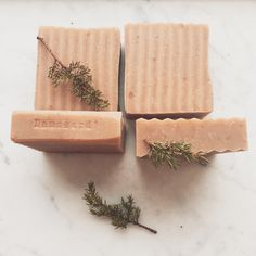 Juniper cold process soap. Naturally antiseptic, anti fungal mild cleansing. So good for your hair if you struggle with dandruff or seborrhoea eczema in your scalp. And adds shine to your hair as a bonus.