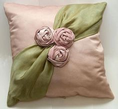 Wonderful Ribbon Embroidery Flowers by Hand Ideas. Enchanting Ribbon Embroidery Flowers by Hand Ideas. Sewing Pillows, Diy Pillows, Decorative Pillows, Cushions, Throw Pillows, Silk Ribbon Embroidery, Embroidery Kits, Embroidery Designs, Embroidery Leaf
