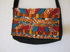 Sac patchwork tissu Wax motif africain orange (envoi 0€) : Sacs bandoulière par cewax Tous les articles Céwax sont des pièces uniques et sont fabriqués à la main en France. www.cewax.fr