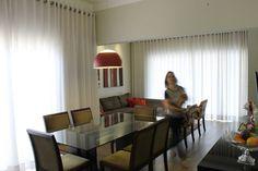 Desenvolvemos projetos de arquitetura e design de interiores para ambientes residenciais e comerciais. Nossa equipe se encarrega da contratação e gerenciamen