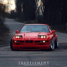BMW 850.