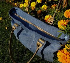 Handmade denim bag spacious jeans bag plenty of space gift Denim Bag, Denim Jeans, Recycle Jeans, Unique Bags, Artificial Leather, Bag Making, Gifts For Women, Recycling, Street Style