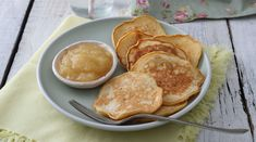 Kenyérre senki nem keni. Na, de palacsintába?? Pancakes, Muffin, Breakfast, Food, Morning Coffee, Essen, Pancake, Muffins, Meals