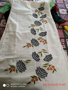 Best 11 Hand embroidered ladies cotton Kurti Top in shop. Embroidery work on cotton fabric. Embroidery On Kurtis, Kurti Embroidery Design, Embroidery Neck Designs, Hand Embroidery Flowers, Hand Work Embroidery, Hand Embroidery Stitches, Embroidery Fashion, Embroidery Fabric, Hand Painted Dress
