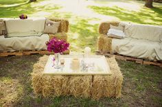 hay bale seating area - perfect for a summer country wedding or for your backyard farm! Wedding Lounge, Wedding Seating, Farm Wedding, Chic Wedding, Rustic Wedding, Wedding Venues, Wedding Ideas, Trendy Wedding, Reception Seating