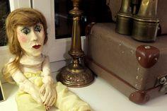 Mayflower Vintage Open House November #Berlinfashion #vintage #dolls #suitcase