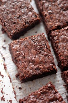 Outrageously Amazing One-Bowl 5-Ingredient Brownies @FoodBlogs