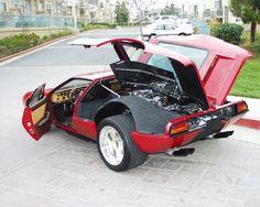 автомобиль мангуст - De Tomaso Mangusta