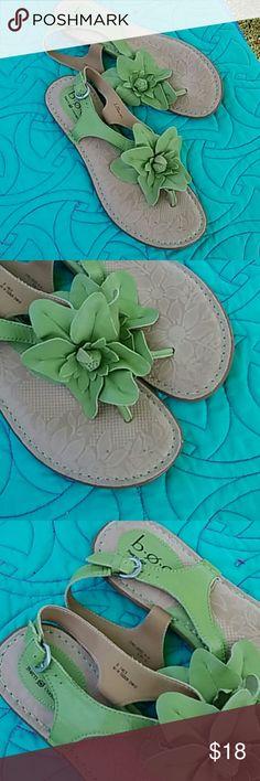 Born Sz 9 Green Leather Flower Sandals New! Born Shoes Sandals