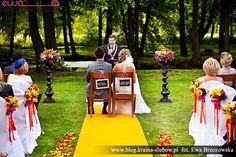 Outdoor wedding ceremony.