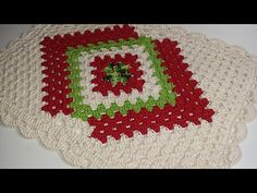 TAPETE CRONOS EM CROCHÊ PASSO A PASSO/by aldacilenecroche - YouTube Make It Yourself, Blanket, Holiday Decor, Diagonal, Link Youtube, Crochet Carpet, Rustic Wood Crafts, Crochet Doilies, Bedspreads