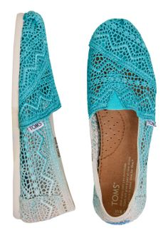 TOMS Baltic Dip Dyed Crochet Shoes