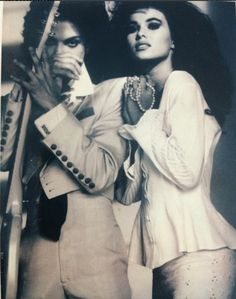 """Very rare picture of Prince and his then girlfriend, Carmen Electra, 1991 - He wrote the song, """"I Hate U"""" about her"""
