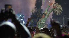 Miley Cyrus empieza su gira europea en el O2 Arena de Londres #BangerzTour