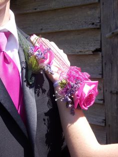 Pretty Prom corsage and matching pink tie for your date. Homecoming Group Pictures, Homecoming Poses, Prom Pictures Couples, Prom Couples, Prom Photos, Graduation Pictures, Prom Pics, Senior Prom, Senior Year