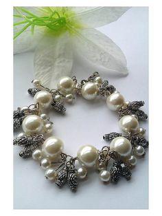 Beautiful Cream Bead Bracelet