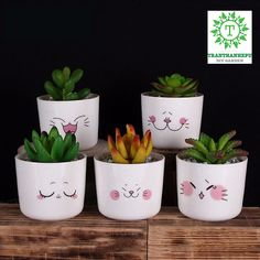 Painting Flower Pots Diy Plants 34 New IdeasConcrete pots with animals - PlantsLa imagen puede contener: planta e interiorpots a decorer Painted Plant Pots, Painted Flower Pots, Flower Pot Art, Decorated Flower Pots, Egg Carton Crafts, Cute Paintings, Concrete Pots, Cactus Y Suculentas, Posca