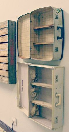 Interesting Shelving Ideas - Moss Cottage - Suitcase Shelves, but I love my suitcases, hmmm? Informations About Interesting Shelving Ideas – M - Suitcase Shelves, Suitcase Display, Suitcase Decor, Suitcase Chair, Diy Casa, Deco Originale, Vintage Suitcases, Vintage Luggage, Blog Deco