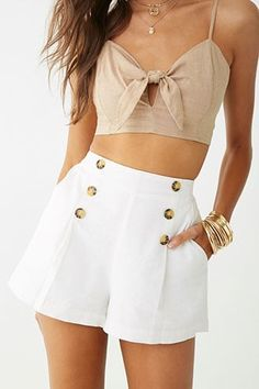 Cotton on outfits - Button Accent Shorts – Cotton on outfits Style Outfits, Short Outfits, Trendy Outfits, Cool Outfits, Short Dresses, Fashion Outfits, Fashion Styles, Cotton On Outfits, Summer Shorts Outfits
