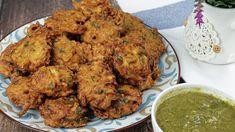 الباكوره الهنديه  طريقة عمل المقلية الهندية بالخضار - YouTube Indian Food Recipes, Healthy Recipes, Ethnic Recipes, Healthy Food, Vegetable Pakora, Pakora Recipes, Beignets, Tandoori Chicken, Meat