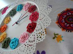DIY crochet flower clock